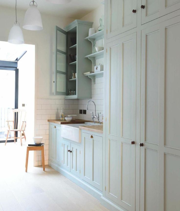 Very Pale Green Kitchen