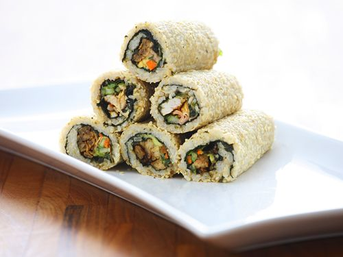 Inside Out Rolls - made with biodynamic brown rice. You can choose from tuna, chicken or tempeh!