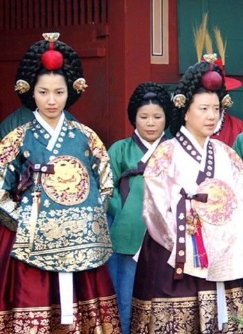 """Dae Jang Geum (Hangul: 대장금; hanja: 大長今;RR: Dae Jang-geum; MR: Tae Chang-gǔm; literally """"The Great Jang-geum""""), also known as Jewel in the Palace, is a 2003 Korean television series.Starring Lee Young-ae in the title role, it tells the tale of an orphaned kitchen cook who went on to become the king's first female physician."""