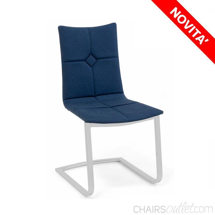 Akemi 03: #sediamoderna da cucina La #sedia Akemi ha un design elegante e moderno, con la base in metallo a slitta robusta e solida, è adatta ad essere abbinata a #mobili da #cucina lineari ma anche #classici.