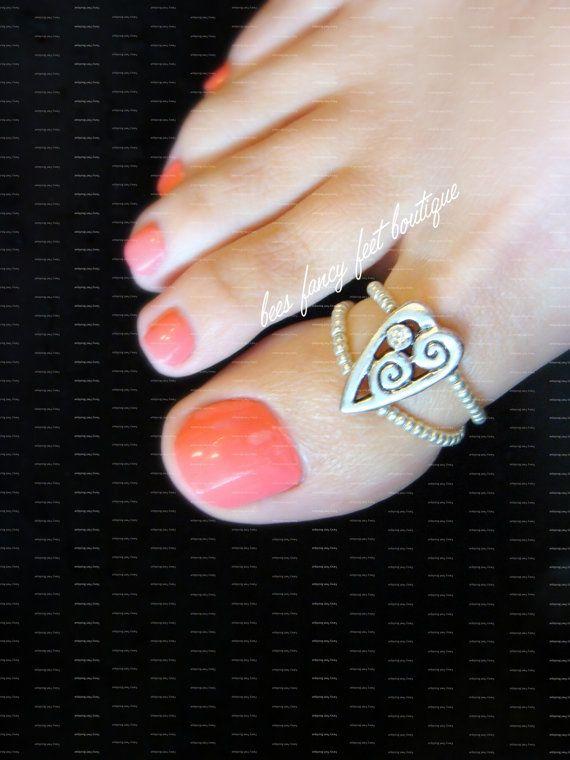 Big Toe Ring  Rhinestone Heart  Stretch Bead by FancyFeetBoutique