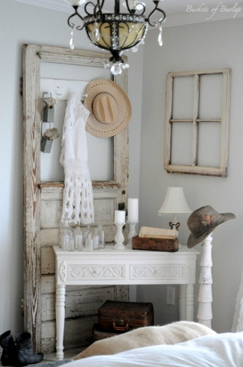sweet door table - Antique Bedroom Decor