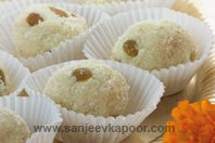 Raghavdas Laadoo: During the festival of Ganesh Chaturthi, these laddoo are offered by Maharashtrians as naivedyam to the Lord. Quick and simple to prepare they can be stored easily, if only they didn't vanish ever so fast!