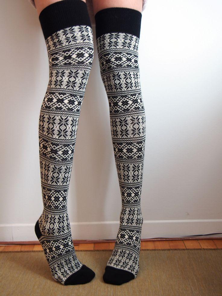 13 best Mustrimaailm KAL images on Pinterest | Knitting
