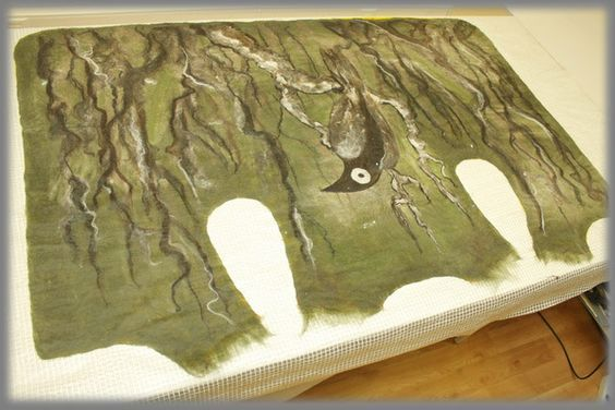 Great tutorial using a flat pattern then joining shoulder overlaps. Crow's Nest - Lamb Fleece Paintings