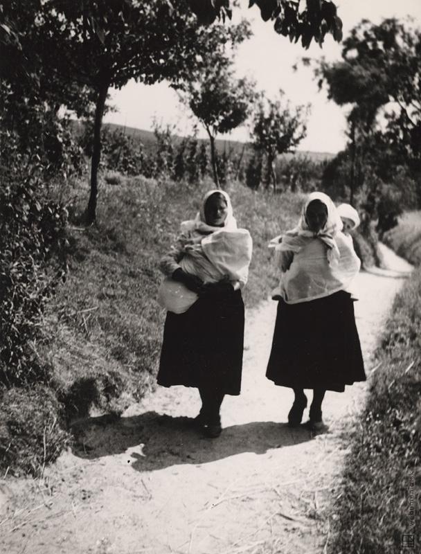 Slovakia: Karol Aufricht: Marianka. Cesta domov:1934