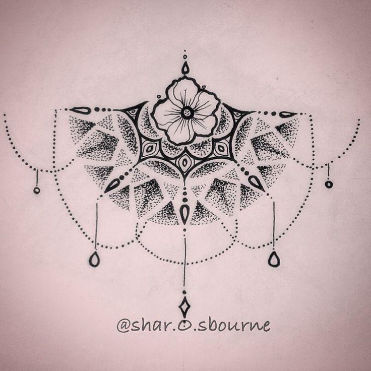 Diseño propio, penado para la parte inferior del pecho 🌸💙 #sharonosbournetattoo #design #diseño #diseñotattoo #tattoosketch #underboobs #underboobtattoo #girltattoo #mandala #mandalatattoo #tatuadora #tattoolife #puntillismo #pointillism #flowertattoo