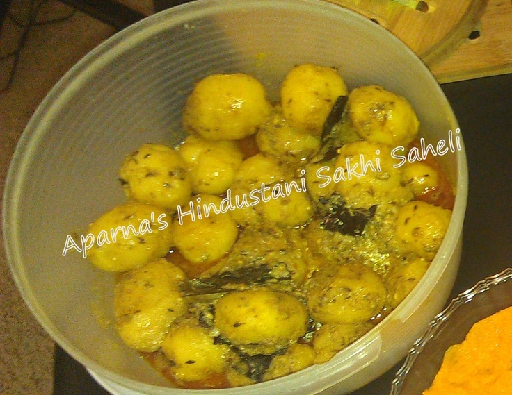 Dum Aloo or Alu Dum belongs to, specifically, Kashmiri cuisine. The potatoes, usually smaller ones, are first deep fried, then cooked slowly at low flame in a gravy with spices. Dum Aloo is a popular recipe cooked throughout India.