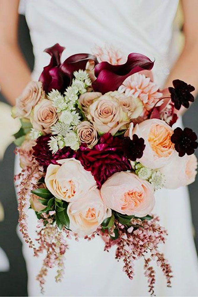Bouquet marsala com marfim