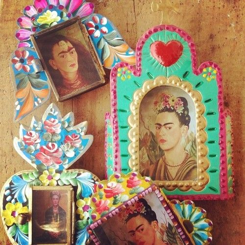 Frida Kahlo pieces available on the website.
