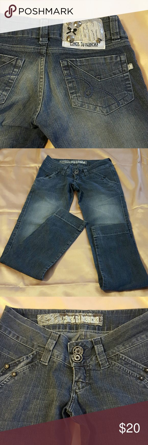 Canal da Mancha Brazilian skinny jeans size 36/6 Very cute Jeans with little black and rhinestones on at the front pockets . Canal da Mancha  Jeans Skinny