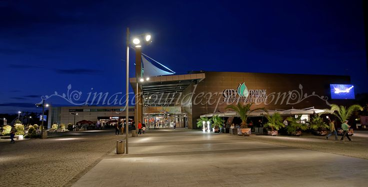 city park mall constanta, night photography, citynightscape,