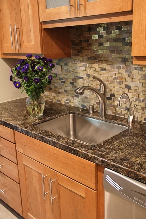 67 best images about kitchen ideas on pinterest shaker for Shaker style kitchen with granite