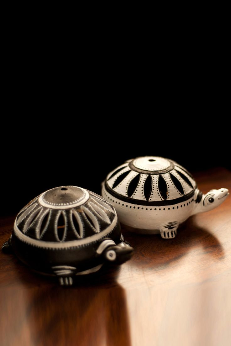 Bring this beautifully #handcrafted #Tortoise combo to add an #elegance and ethnicity to your #home at any occasion.