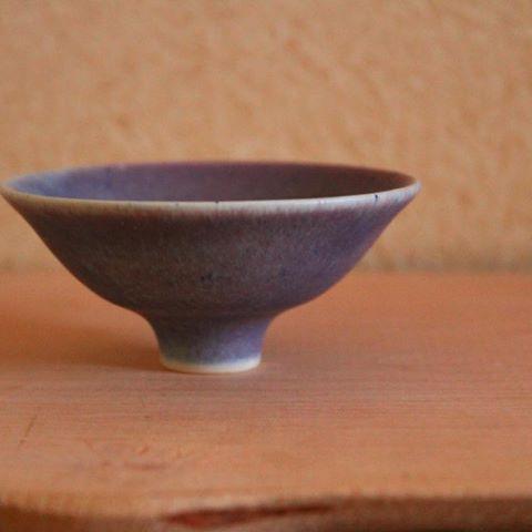 コツコツつくる  #盃#酒器#ぐいのみ#ぐい呑#sakecup#うつわ#器#pottery#potter#ceramist#ceramista#ceramicartist#ceramicart#陶芸家#釉薬#glaze#フリーベリ級の陶芸家になる#中川智治#ベリー