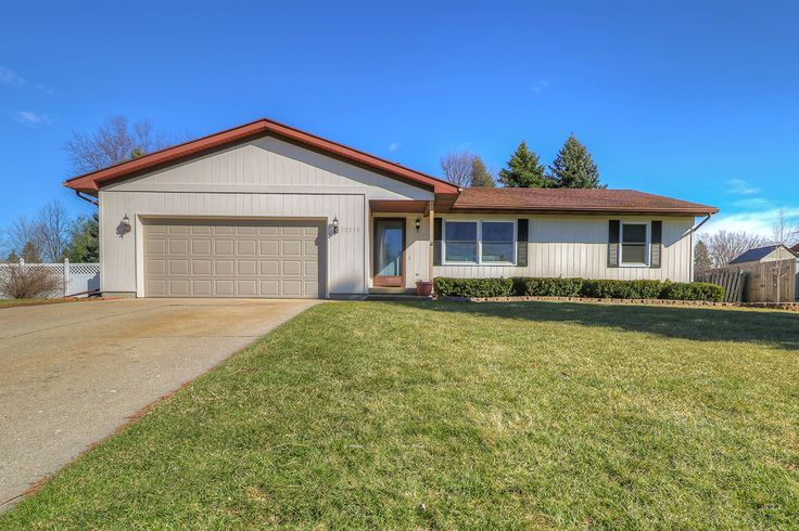 Greater Lansing MI House For Sale Sell Home RE/MAX Dewitt Realtor, Missy Lord. Schedule a Realty Tour? Text or Call Me 517-204-6279 Find Real Estate in 13179 Farm Lane Clinton County Michigan.