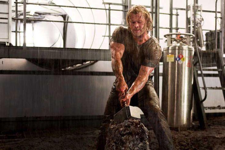 Chris Hemsworth Thor Workout Routine & Diet Plan  #dietplan #hollywood #celebrity #gym #training #bodybuilding