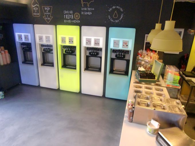 PORCELANOSA Group Projects: Tutti Frutti Frozen Yogurt (Barcelona)