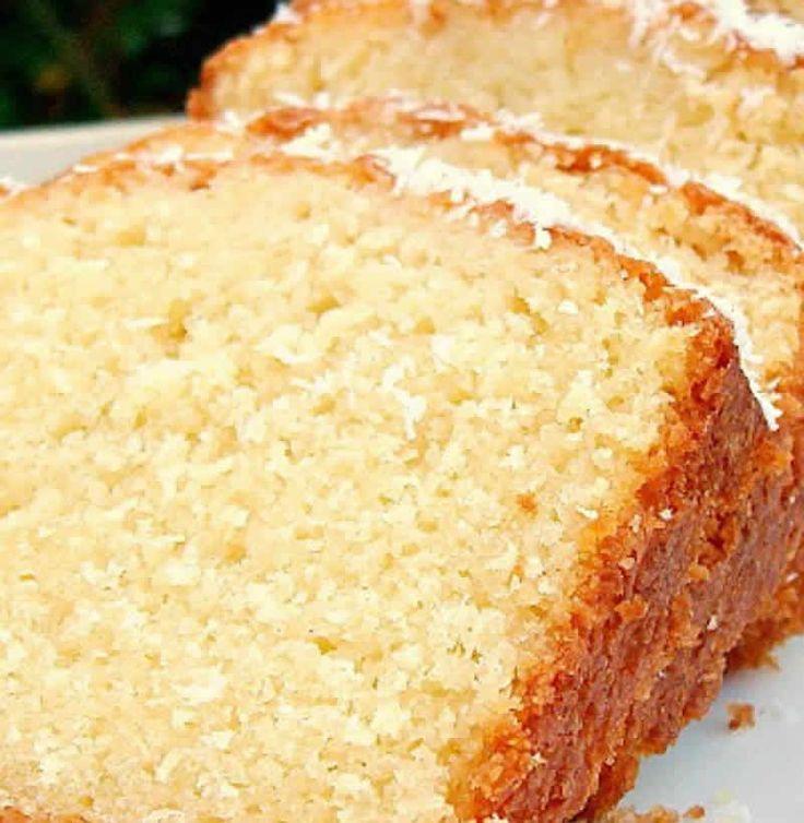 Gâteau noix de coco au thermomix. Je vous propose une recette de Gâteau, un cake au noix de coco moelleux, simple et facile à réaliser au thermomix.