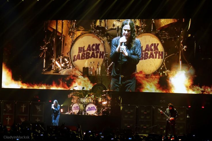 lady in black: Black Sabbath, The End Tour in Prague #blacksabbath #theend #thenedtour #prague #ozzy #ozzyosbourne #liveshow #concertphotography