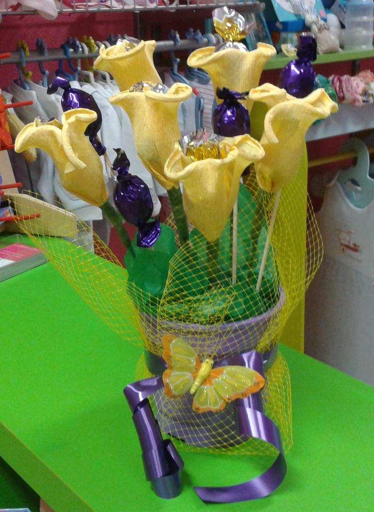 Flores de Bombones: Design Ideas, Candy Bouquet, Flowers, De Bombones, Party Ideas, Candy Design, Crafty Ideas