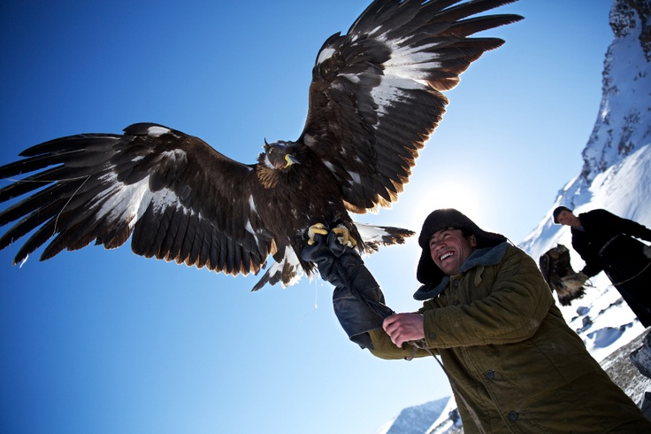 Eagle Hunting is a Kazakh tradition that dates back 2000 years. Around 350 Kazakh Eagle Hunters are keeping the tradition alive in the Altai Mountains, Mongolia.   Read more at http://matadornetwork.com/notebook/13-arresting-travel-photos-from-nat-geos-2013-contest/#jtDfieh64MIVQOZs.99