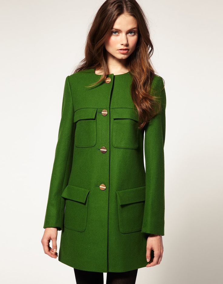 : Emeralds, Color, Fall Coats, Green Coats, Jackets, Buttons, Kelly Green, Fashion Trends, Trench Coats