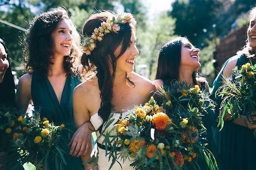28 Penteados para noivas com flores!