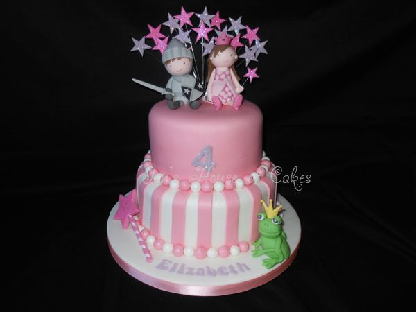 Princess and Knight cake by Jen's House of Cakes. This is the cake she made for Elizabeth's party based on the invitations. Fabulous!