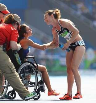 El gesto deportivo más conmovedor de Río 2016 - REUTERS/Lucy Nicholson
