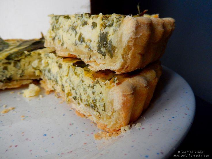 Wild garlic quiche.  Quiche cu leurdă și brânză.