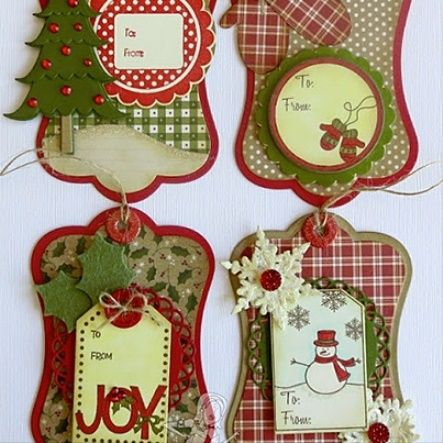 70 best handmade christmas wreaths 2015 2016 images on for Custom tags for crafts