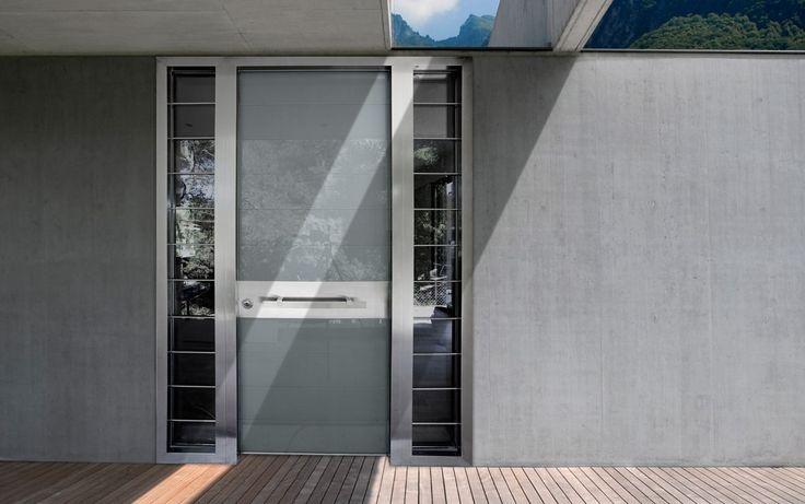 ΠΟΡΤΕΣ ΑΣΦΑΛΕΙΑΣ Golden Door :: Νέο Design :: Πόρτα ασφαλείας με επενδύσεις από τζάμι security και πλαϊνά στεθερά