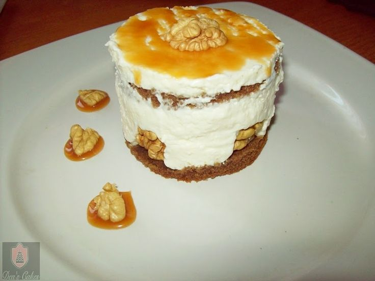 Dea's Cakes: Cheesecake cu nuci si caramel