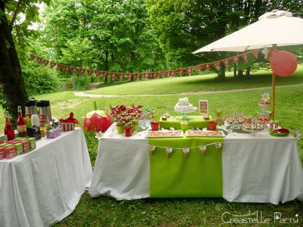 CreastelleParty - Fraise Kawaii - buffet de douceur / CreastelleParty - Kawaii Strawberry - sweet table