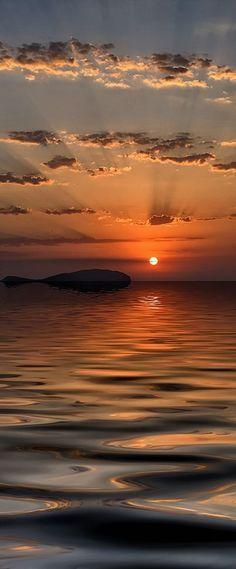 Increíble puesta de sol en #Ibiza.