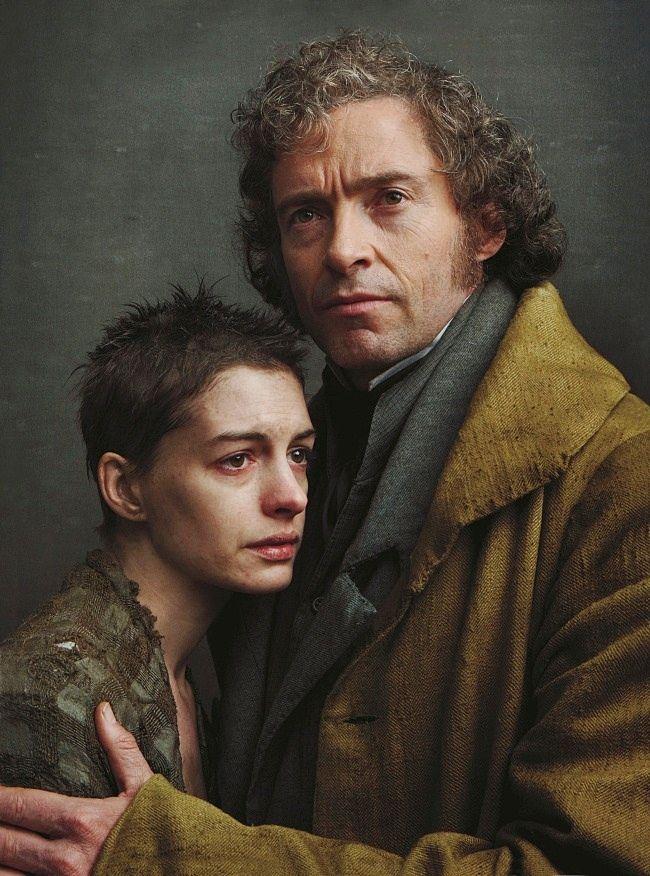 Les Misérables photographed by Annie Leibovitz (Anne Hathaway and Hugh Jackman). Vogue December 2012