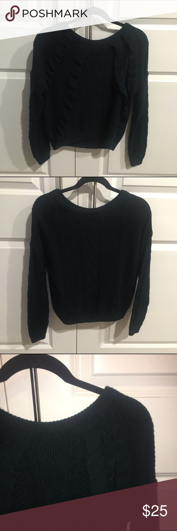 Dark Green Topshop chunky knit sweater size 4 Topshop chunky knit sweater. US 4. Dark green   Ruffles near shoulders. Excellent condition Topshop Sweaters Crew & Scoop Necks