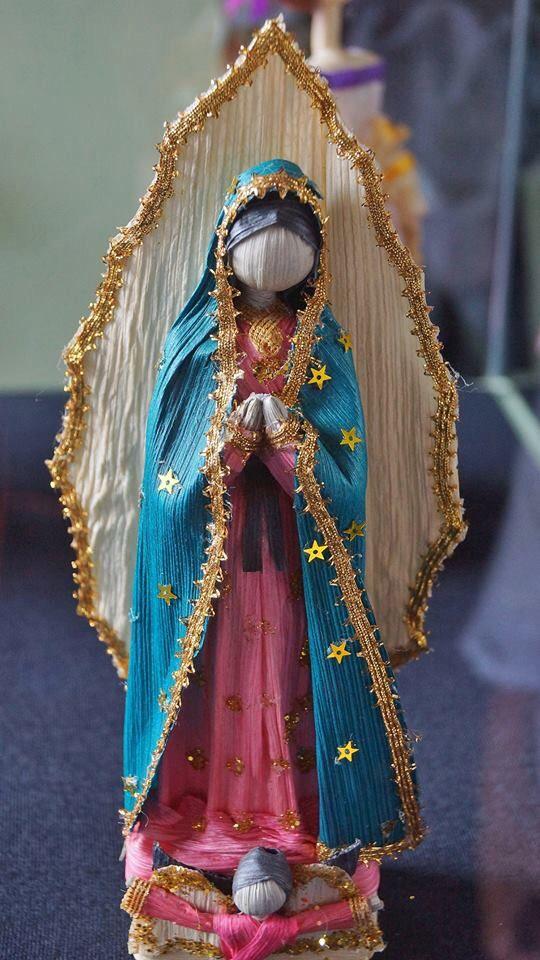 Virgen de Guadalupe Elaborado con hoja del maíz