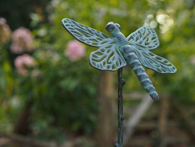 Spyflue på bronzepind