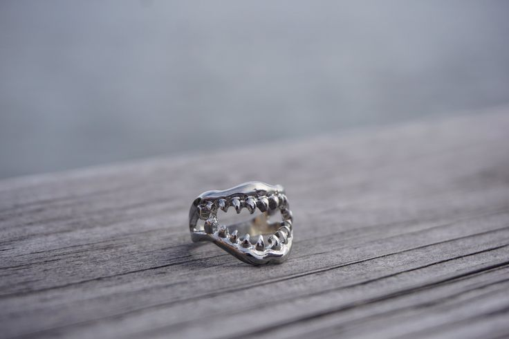oceanmagazine — Shark Jaws Ring Silver