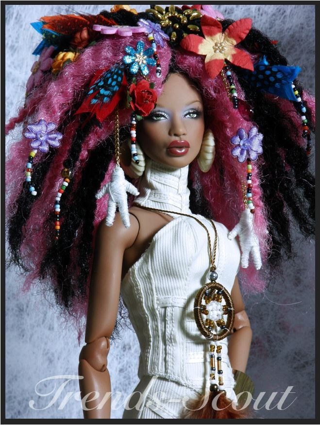 Wicked Cool Hair by Trends-Scout [Numina bjd (I think this is the Ajuma sculpt?) w/custom styling. I like the overall look, but there are some elements I don't 'get'. like why are there poppets hanging out of her hair? & why is she wearing a dream catcher for a necklace? that's not where those go! –MOD]