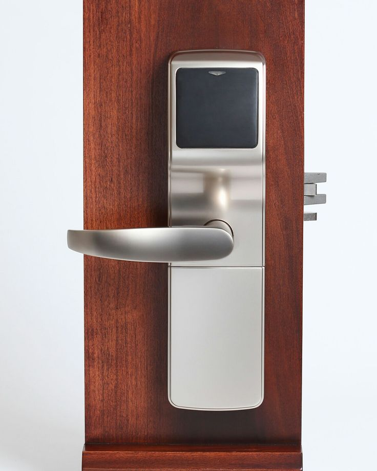 The Onity Trillium RFID lock is great on any kind of doors. From wooden doors to aluminium doors, this lock will be great for any guesthouses, hotels and even your own home.