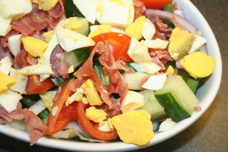 Min lavkarbomat: Egg- og baconsalat