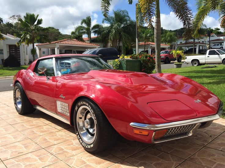 1972 C3 Chrome Bumper Corvette in Candy Apple Red Little