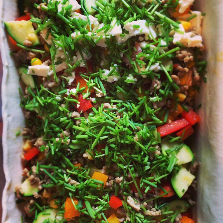 Hackfleisch-Gemüse-Auflauf im Blätterteig