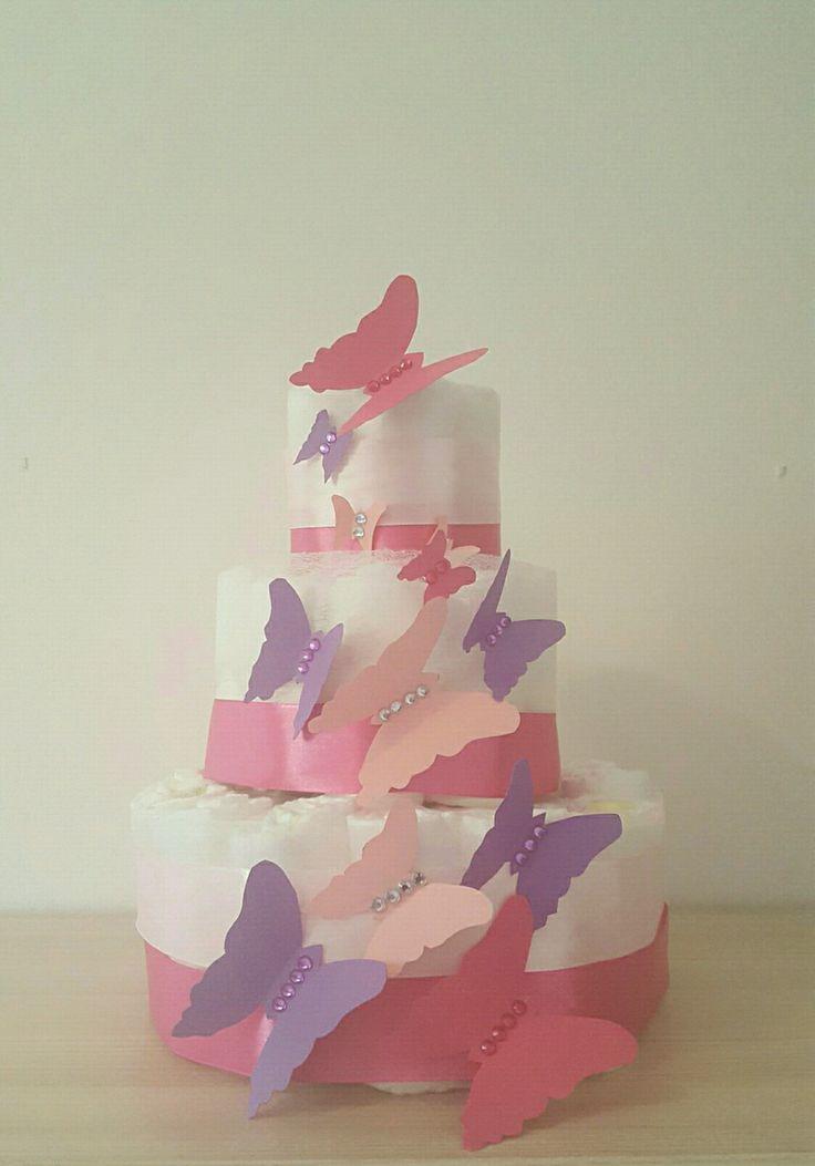 superbe gâteau de couche pour fille