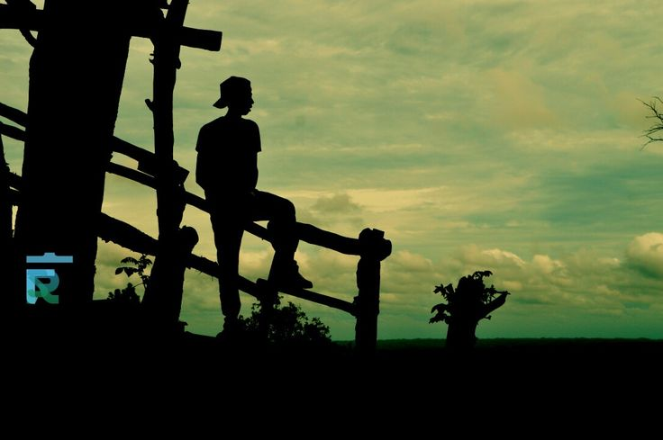 Ini belum berakhir : masih banyak yg bisa di nikmati ||#keepSilent and Enjoyed [will Show You All] ||#GOD bless.. #siluet #camera #sunset #imogiri #jogja #surabaya #travel #life #edit #alone #fighter #different #enjoy #indonesia