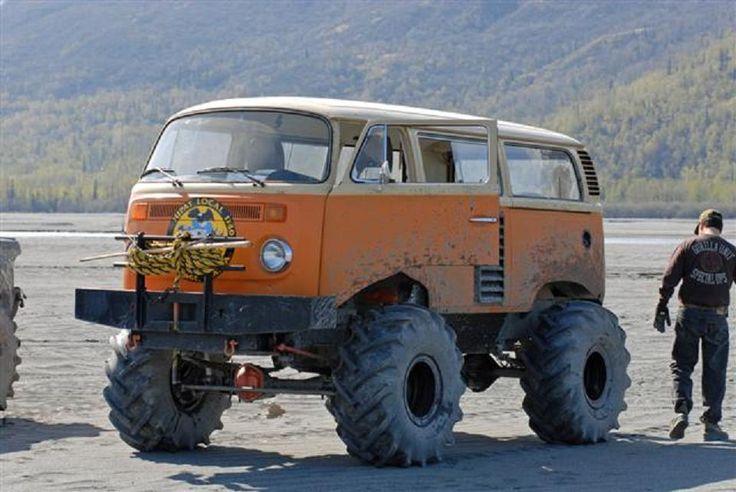 VW T2 compact monstertruck