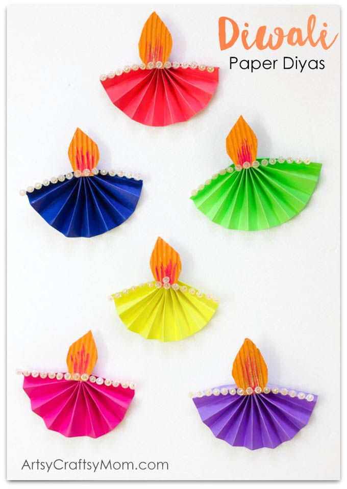Accordion Fold Diwali Paper Diya Craft - Easy paper folding Diwali paper craft for kids that's both easy to make and functional. via @artsycraftsymom